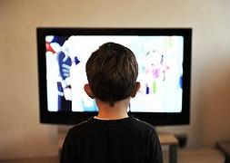 У квітні на карантині найбільше дивилисякіно і дитячий контент
