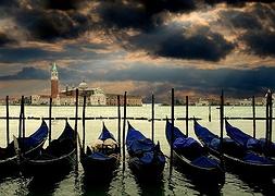 Венеціанський фестиваль в пошуках вирішення проблеми